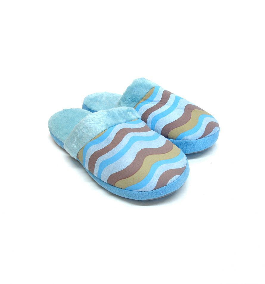 Comfy Blue Ladies Slippers With Wavy Pattern